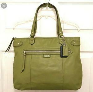 Coach Daisy Green Leather Emma Tote- 2 Hangtags